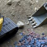 Jak prawidłowo przygotować grunt pod budowę fundamentów?