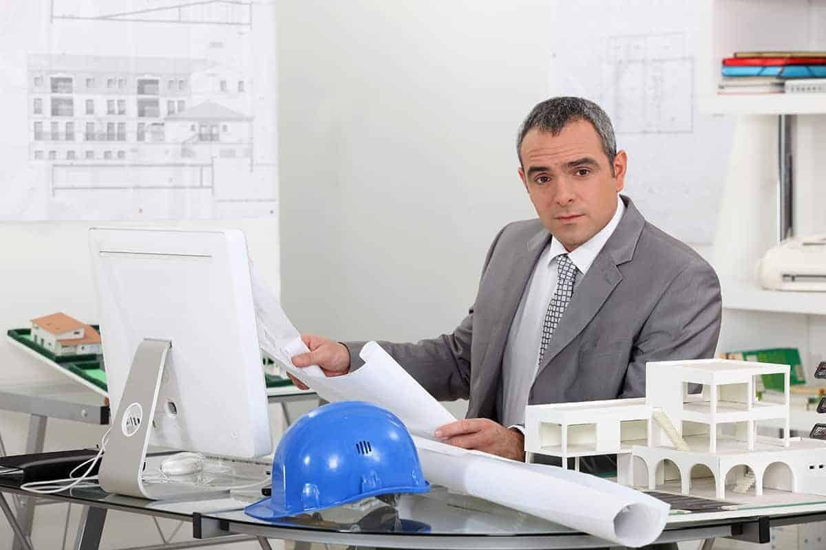 Jak zostać kierownikiem budowy?
