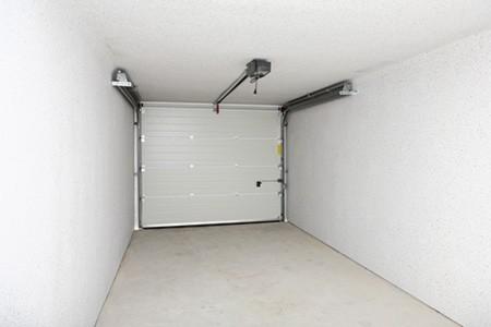 Bledy przy budowie domu - drzwi garażowe