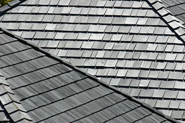 Dachy z gontów drewnianych