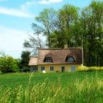 Zalety i wady alternatywnych pokryć dachowych.