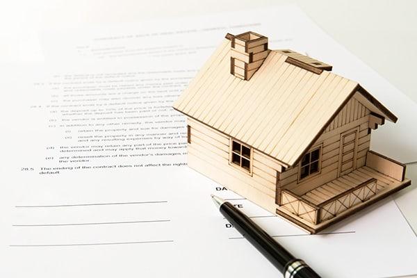 Jak podpisać umowę z wykonawcą na budowę domu?