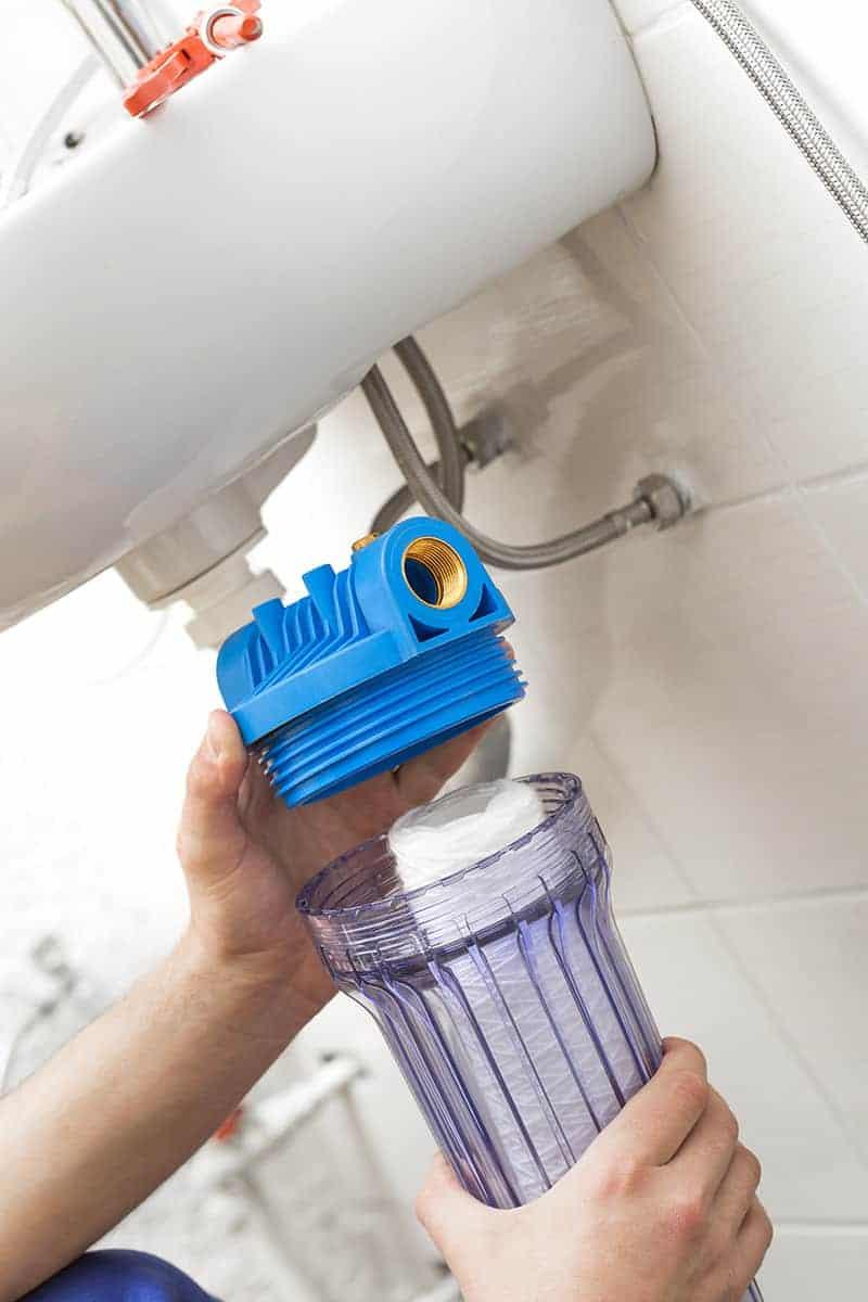 Jak dbać o filtr wody?