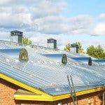 Nowoczesny dach z blachy