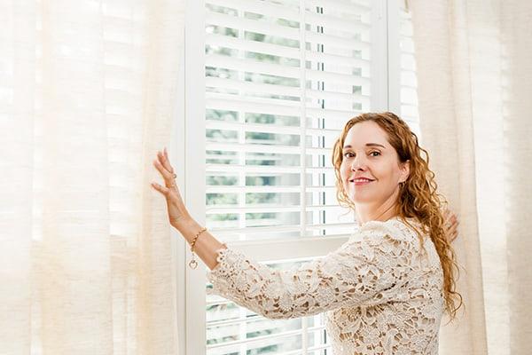 dekoracja okna kuchennego