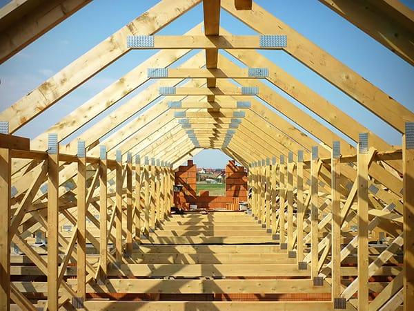 drewno wiezba dachowa