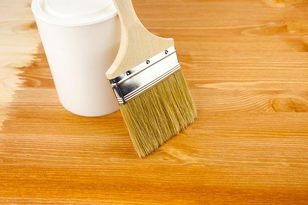jak dbac o drewniana podloge