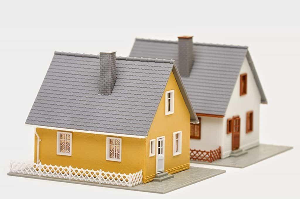 Budowa domu w granicy działki