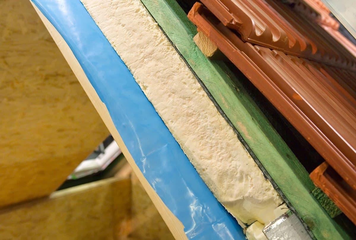 Stan surowy zamknięty - realizacja docelowego pokrycia dachu