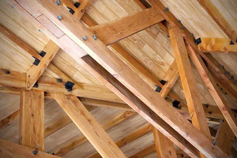 Więźba dachowa: rodzaje i cena więźby prefabrykowanej oraz tradycyjnej