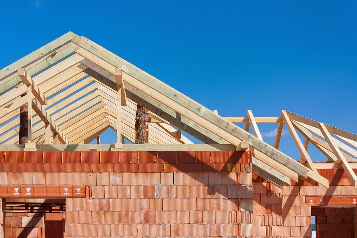 Więźba dachowa drewniana