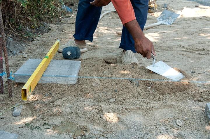 Budowa altanki krok po kroku - fundamenty