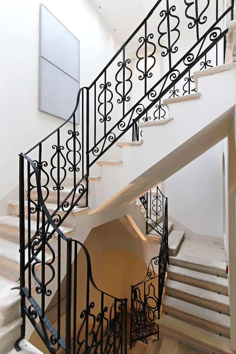 Dopasowanie schodów do wnętrza