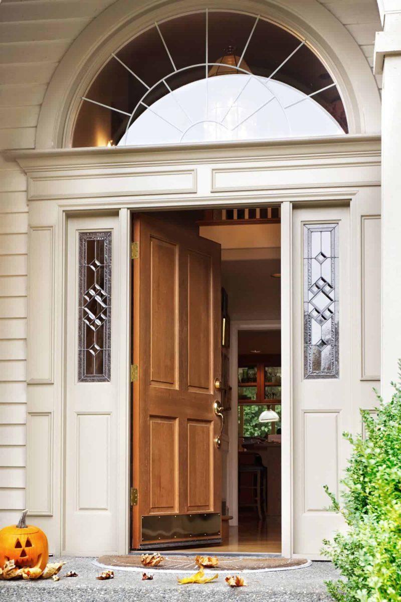 Drzwi zewnętrzne do domu jednorodzinnego: jak wybrać najlepsze?