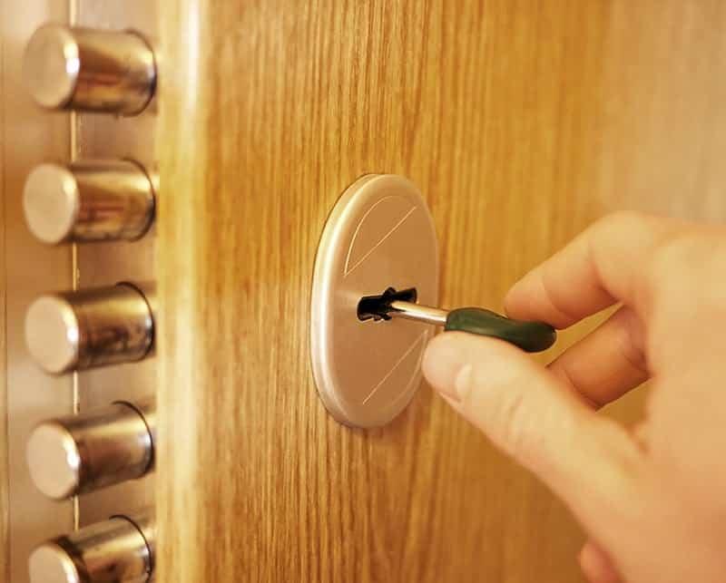 Jakie zamki do drzwi zewnętrznych?