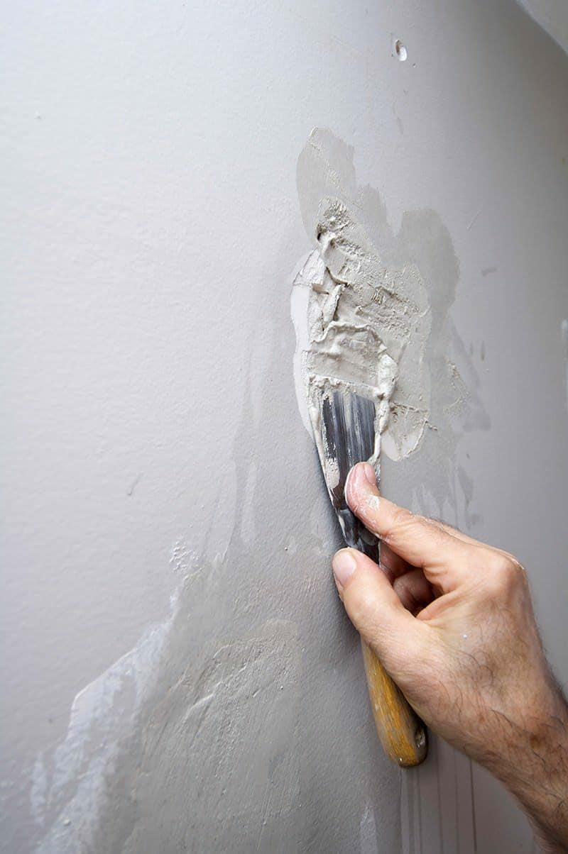 Naprawa ściany