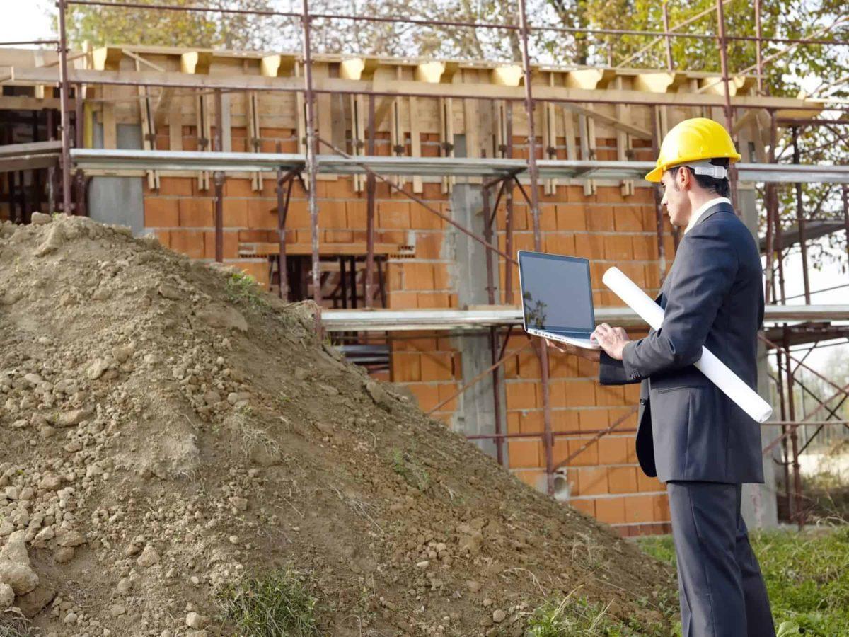 Woda na działce budowlanej – jak budować dom na podmokłej parceli?