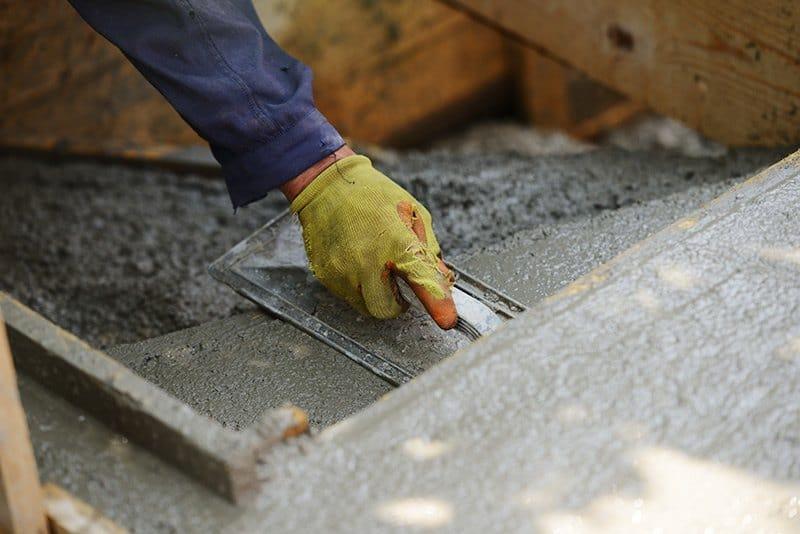 Układanie betonu
