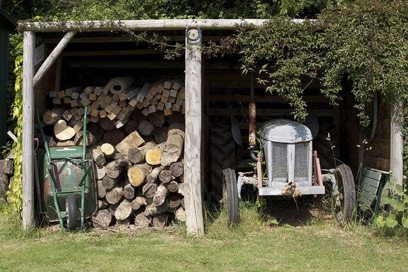 Miejsce na drewutnię ogrodową