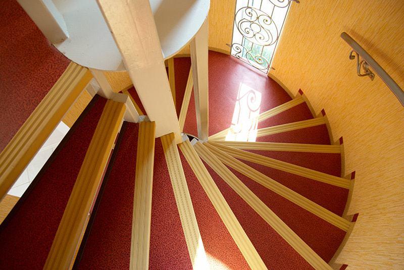 Schody w domach piętrowych