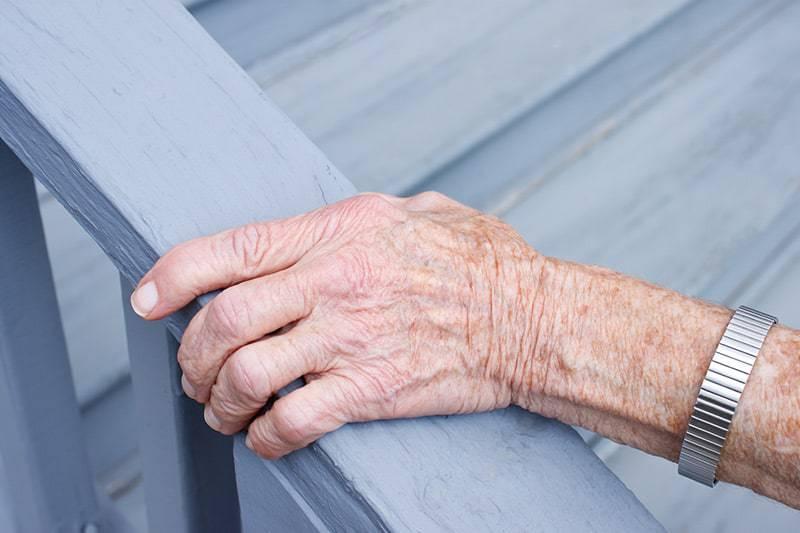 Dom parterowy bez schodów jest przyjazny dla osób starszych
