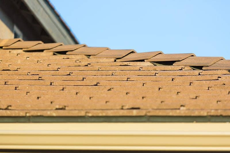 Dachówka cementowa czy ceramiczna? Cena, waga i malowanie
