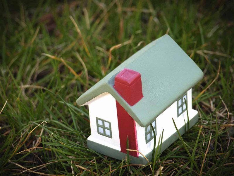 Komin systemowy: jakie systemy kominowe wybrać do domu?