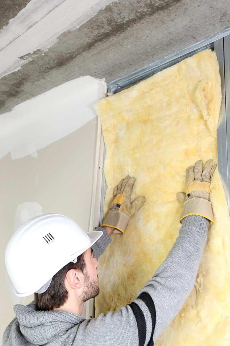 Czym izolować ścianki działowe?