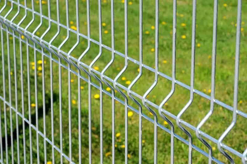 Zalety i wady ogrodzenia panelowego
