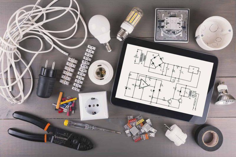 gniazdka elektryczne w kuchni 800x533 - Gniazdka elektryczne w domu: rodzaje, ceny i montaż gniazdek
