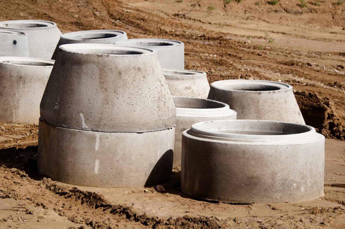 Kręgi betonowe: cena, wymiary, waga i budowa studni [krok po kroku]