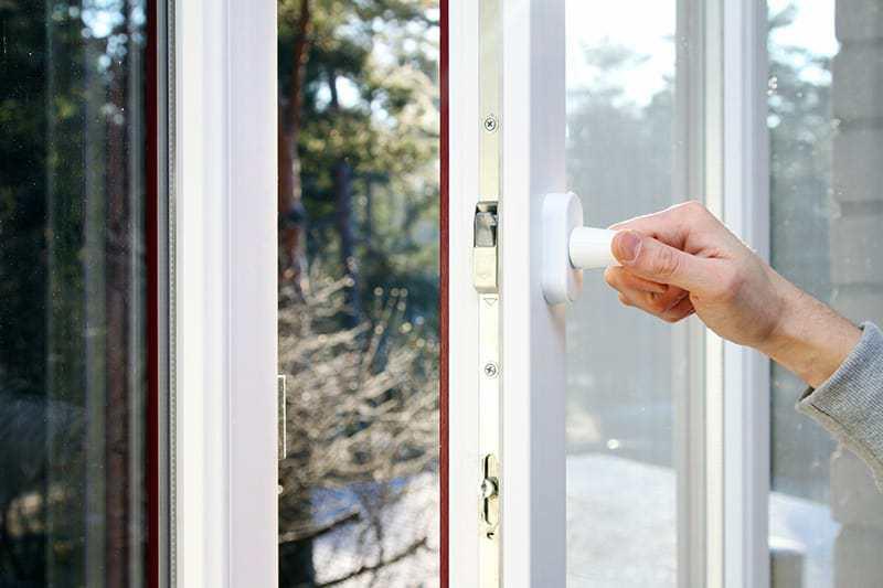 Montaż moskitiery okiennej: krok po kroku