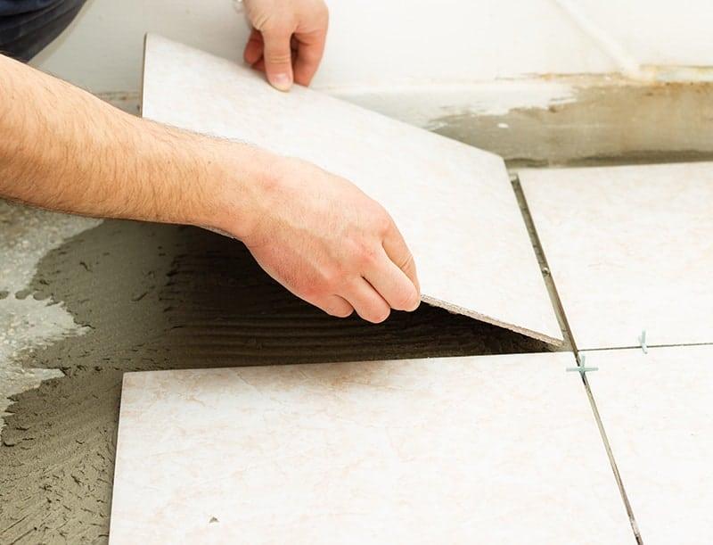 Klej do płytek na ogrzewanie podłogowe