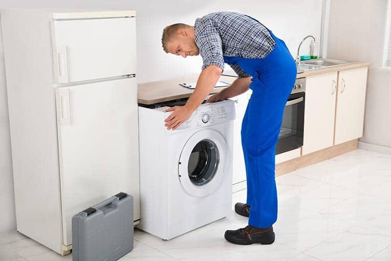 Jak podłączyć pralkę krok po kroku