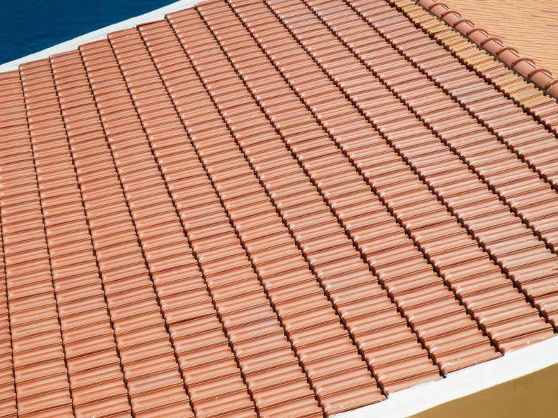 dachowka marsylka 800x600 - Dachówka marsylka: cena, wymiary i montaż [krok po kroku]