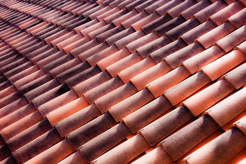 Parametry i cechy dachówek