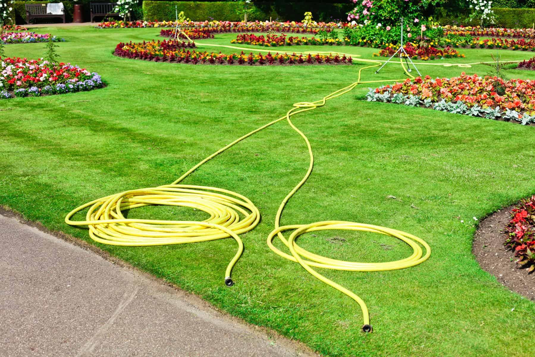pompy wodne, które podłączają się do węża ogrodowego