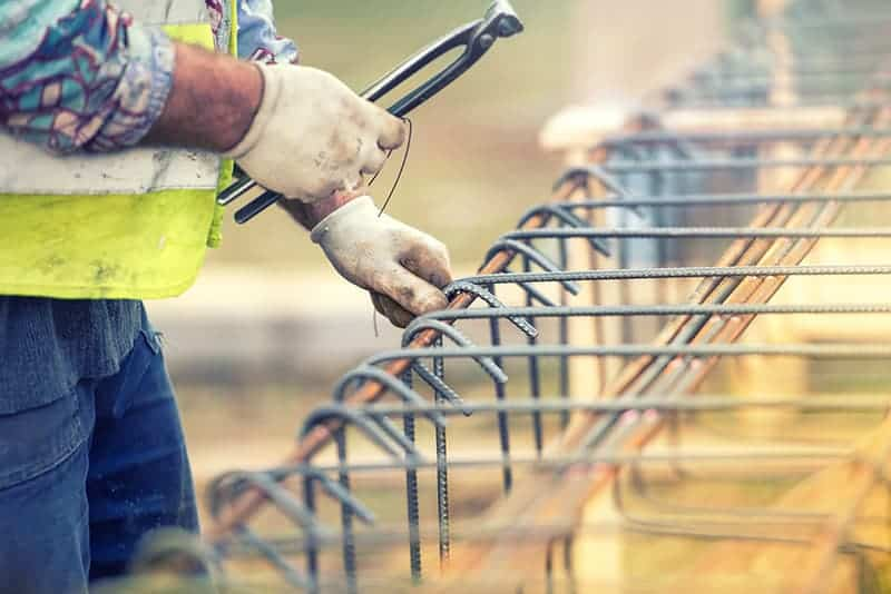 Gdzie przy budowie korzysta się ze stali?