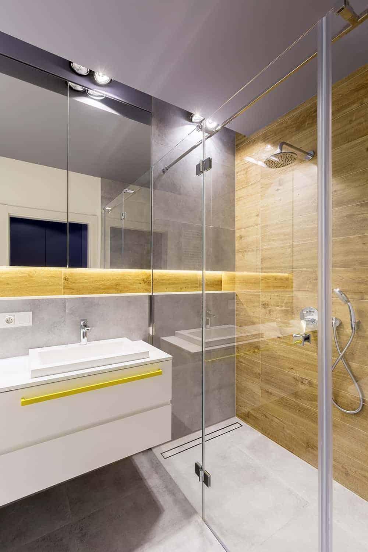 Montaż wiszącej szafki pod umywalkę krok po kroku