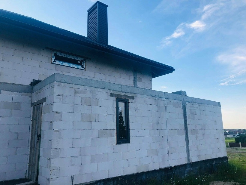 Realizacja domu Oszust